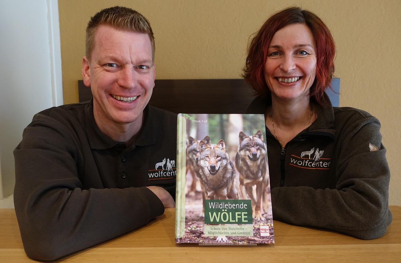 Wolfcenter, Frank Faß, Christina Faß, Buch, Wildlebende Wölfe, Herdenschutz