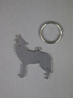 Schlüsselanhänger Leder braun Wolf Prägung Handarbeit heulender Wolf