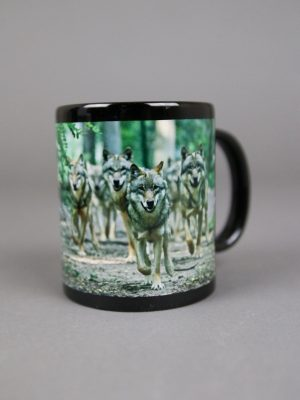 Wolfcenter, Onlineshop, Souvenirs, Tassen & Becher, laufende Wölfe, schwarz